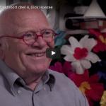 Dick Hoezee in de filmische portrettenserie Menschen uit Zandvoort van Thys Ockersen.